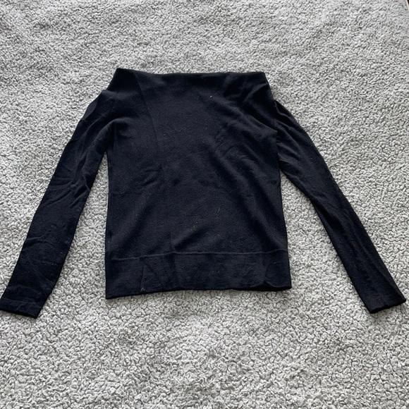 Ann Taylor scope neck sweater